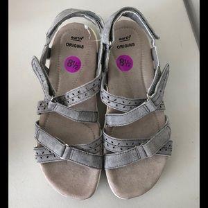Earth Origins Gray Sandals  comfort